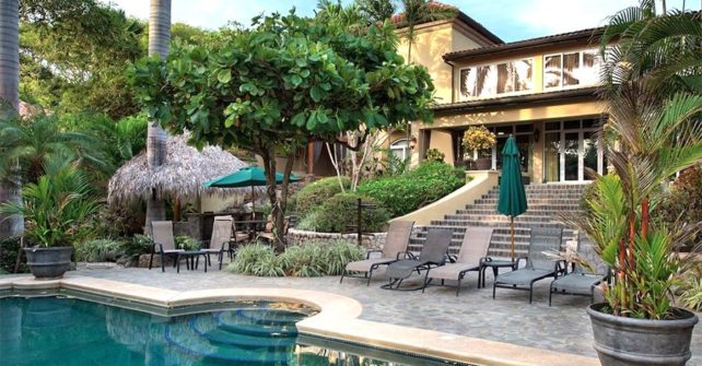 Incredibly Beautiful Luxury Villa Rental with Low Group Rates to Match