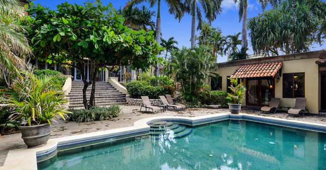 Holiday Rentals in Tamarindo Villa Starting at Only $62 per Person