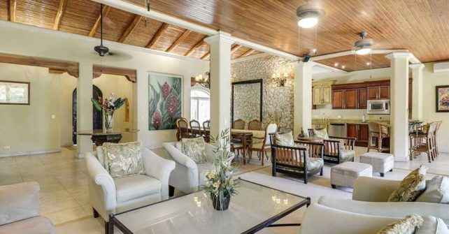 Group Holidays in a Costa Rica Villa Rental with a Chef